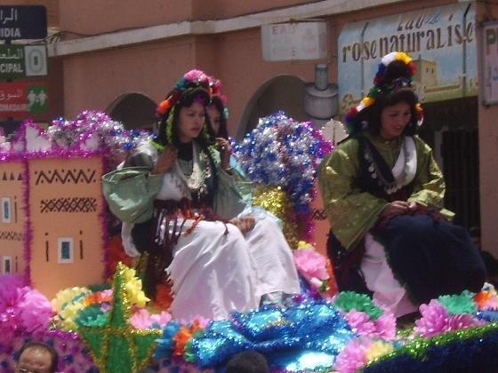 Kelaat M'gouna toute en rose, durant les quatre jours de son 52ème  Festival